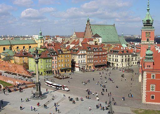 Plac_Zamkowy_w_Warszawie_widziany_z_wieży_kościoła_św._Anny