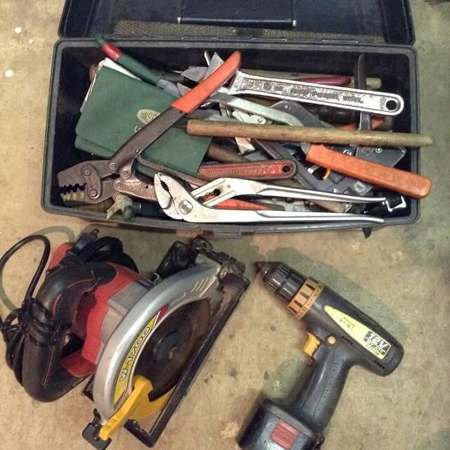 DIY入門者が揃えておきたい「まっすぐ切る」「しっかり留める」のに便利な道具